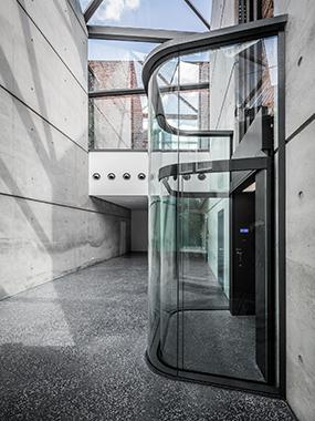 Galerie Café Kapuzinergasse_Corneille Uedingslohmann Architekten_Fotogra.1..